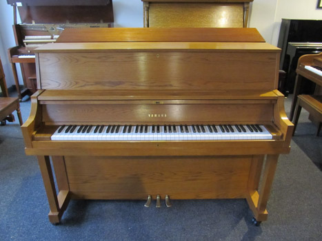 piano sales and restoration yamaha p22 console piano. Black Bedroom Furniture Sets. Home Design Ideas