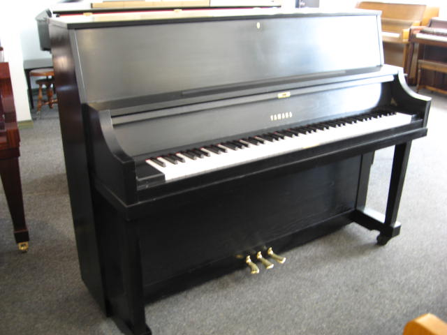 piano sales and restoration yamaha model p22 studio upright piano. Black Bedroom Furniture Sets. Home Design Ideas