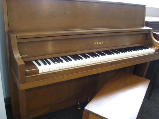 Yamaha model p2 studio upright piano for Yamaha upright piano models
