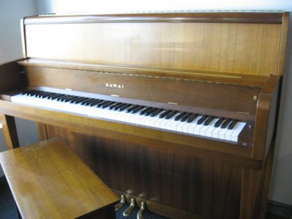Kawai model UST-6 Studio Upright