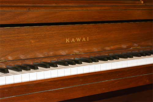 Kawai upright piano logo