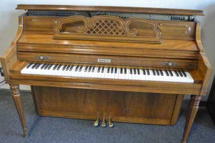Kimball Model 4245 Console Piano