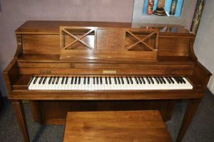 "Baldwin Consolette 40"" piano at 88 Keys Piano Warehouse"