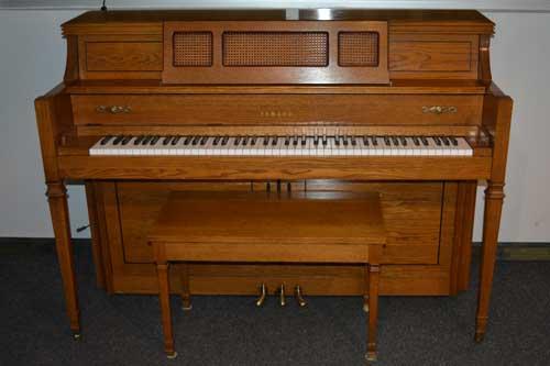Yamaha M402 Console Piano