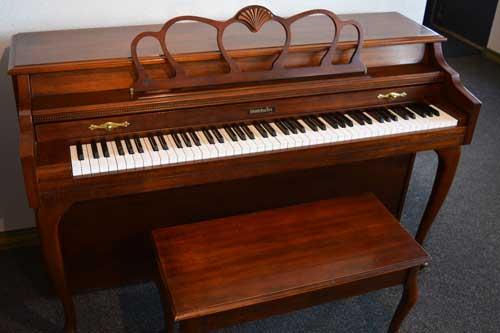Baldwin Spinet piano top at 88 Keys Piano Warehouse
