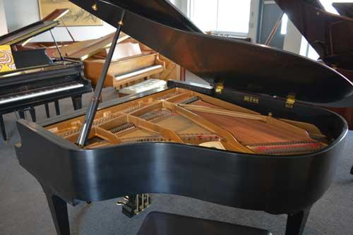 Baldwin Grand piano soundboard at 88 Keys Piano Warehouse
