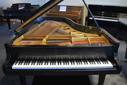 Yamaha Model G5 Grand Piano