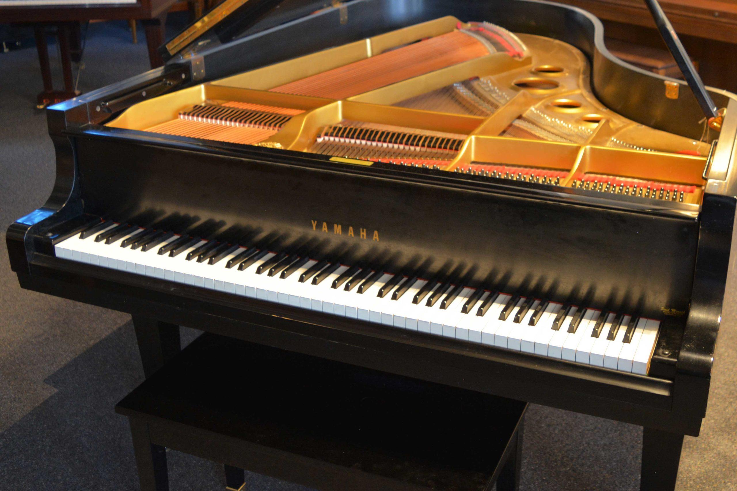 Yamaha G5 Grand piano keyboard at 88 Keys Piano Warehouse