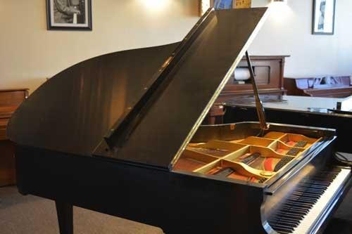 Yamaha G5 Grand piano top at 88 Keys Piano Warehouse