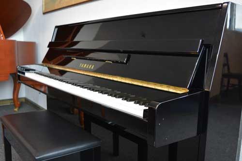 Yamaha studio piano keyboard at 88 Keys Piano Warehouse