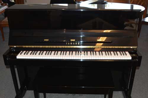 Yamaha Model T-118 Upright Piano